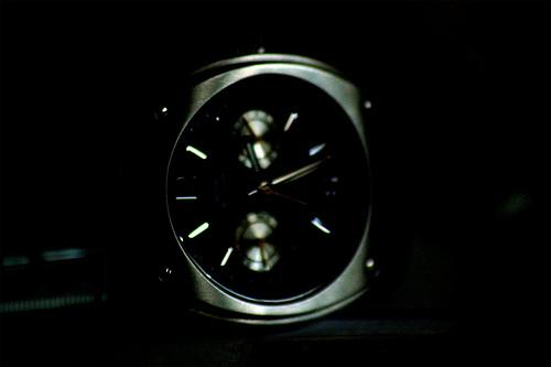 Guess und Armani Uhren kann man auch im Netzt günstig kaufen