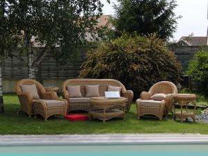 Gartenmöbel aus Polyrattan für drinnen und draußen