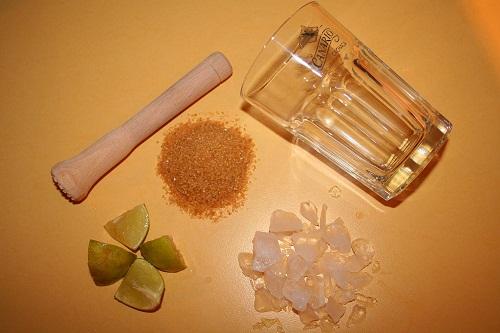 """Caipirinha (""""Caipirinja"""") als Kultgetränk – unser Rezept"""