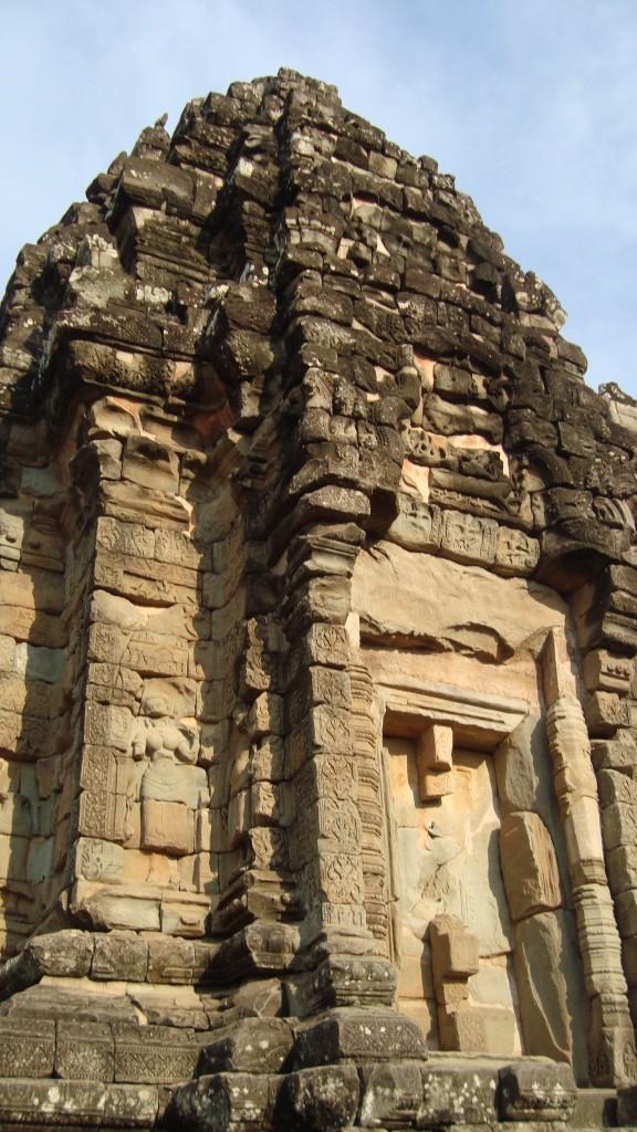 Schrein aus Ziegelstein in der Tempelanlage Bakong