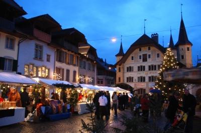 Abendlicher Besuch auf dem Weihnachtsmarkt