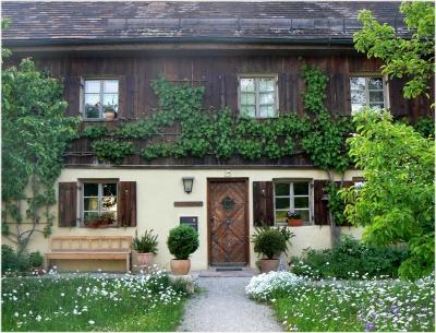 Schönes Wohnen: Was ist das Typische am Landhausstil?