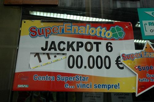wie hoch ist die chance beim lotto zu gewinnen
