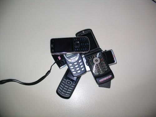 Mit dem passenden Handy  Bild: © netz-news.com