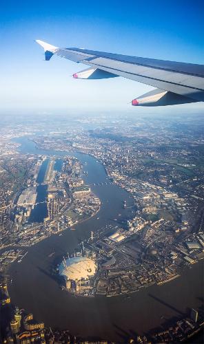 """Bild 1: """"Über den Wolken - London von oben"""""""