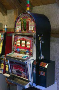 Bei Online Casinos wie Sunmaker gibt es beliebte Automatenspiele für zuhause | Foto: Werner Kratz | Lizenz: CC BY 2.0