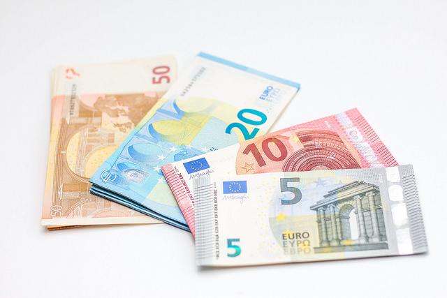 Der Online-Kurzzeitkredit – eine Lösung für kurzzeitige Zahlungsengpässe